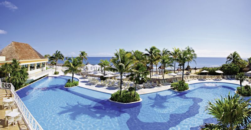 Luxury bahia principe akumal in riviera maya meier 39 s for Hotel luxury akumal