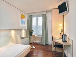 Krone Unterstrass Hotel