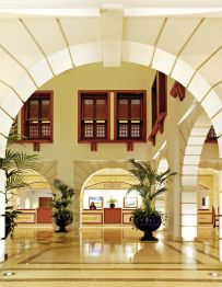 Pine Cliffs Ocean Suites, a Luxury Collection Res.