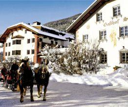 Hotel Strasserwirt - Herrenansitz zu Tirol