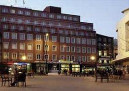 Quality Inn Porto Hotel