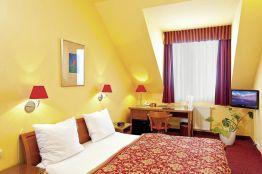 Hotel Cloister Inn