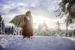 Rundreise Aktivurlaub Hausbesuch beim Weihnachtsmann