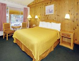 Econo Lodge Inn & Suites Lake Tahoe