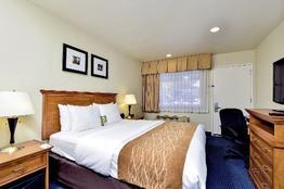 Comfort Inn Monterey by the Sea