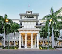 Moana Surfrider - A westin Resort & Spa
