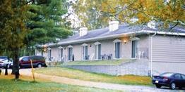 Colonial Bay Motel Resort