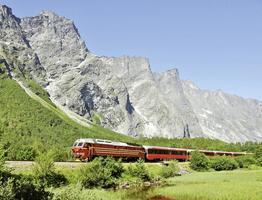 Rundreise Zug- und Busreise Polarkreis Express