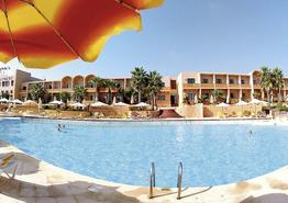 Comino Hotel & Bungalows