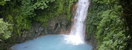 Rundreise Vulkane, Quetzale & schillernde Wasserfälle