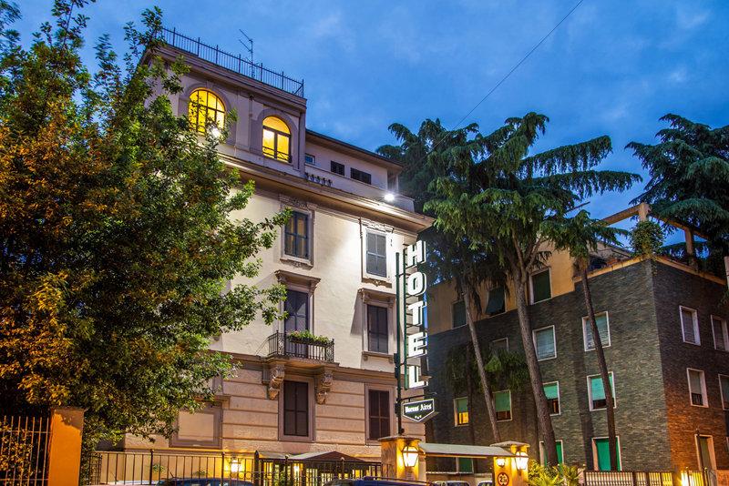 Hotel Buenos Aires Rom Buchen Bei Dertour
