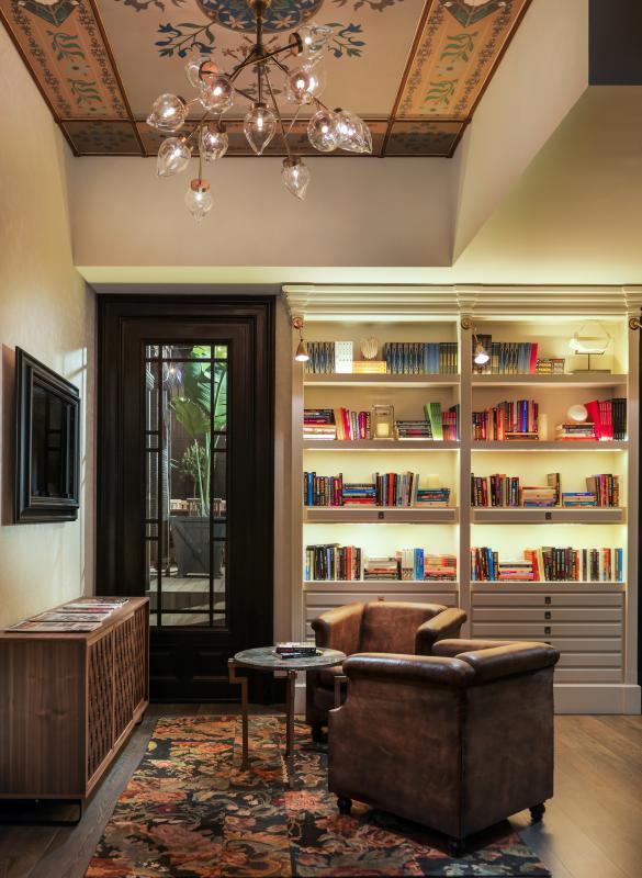 h10 catalunya plaza barcelona buchen bei dertour. Black Bedroom Furniture Sets. Home Design Ideas