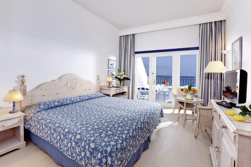seaside hotel los jameos playa puerto del carmen. Black Bedroom Furniture Sets. Home Design Ideas