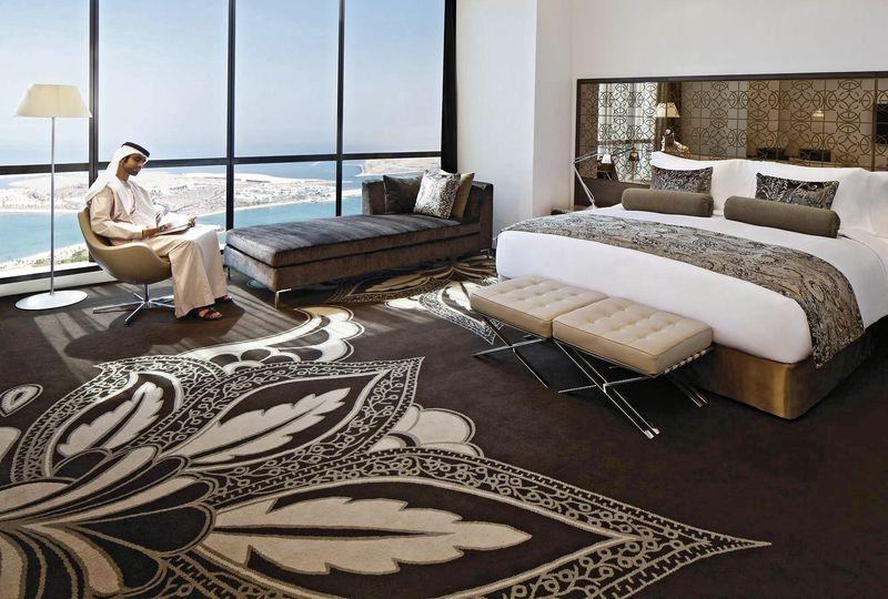 Jumeirah at etihad towers abu dhabi buchen bei dertour for Design hotel kette