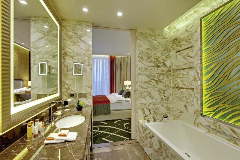 waldorf astoria berlin berlin buchen bei dertour. Black Bedroom Furniture Sets. Home Design Ideas