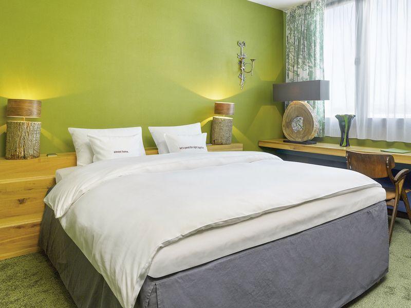 25hours hotel the goldman frankfurt frankfurt buchen. Black Bedroom Furniture Sets. Home Design Ideas