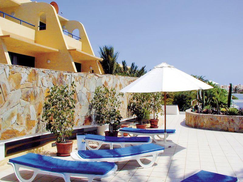 villas garden beach morro jable buchen bei dertour With katzennetz balkon mit hotel villas garden beach fuerteventura