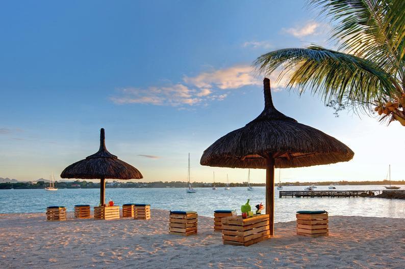 Veranda grand baie grand baie buchen bei dertour for Exotische hotels