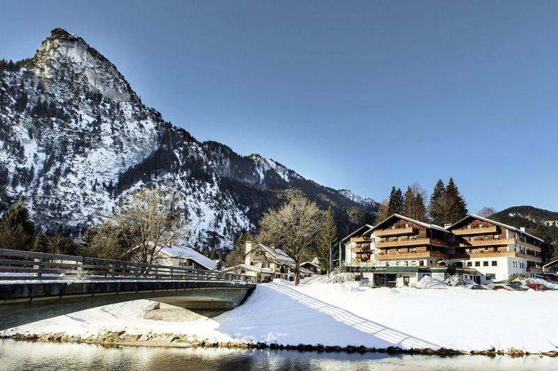 Parkhotel sonnenhof oberammergau buchen bei dertour for Boutique hotel alpen