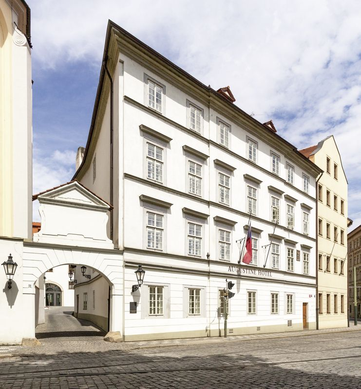 Augustine a luxury collection hotel prague prag for Luxury hotels prague