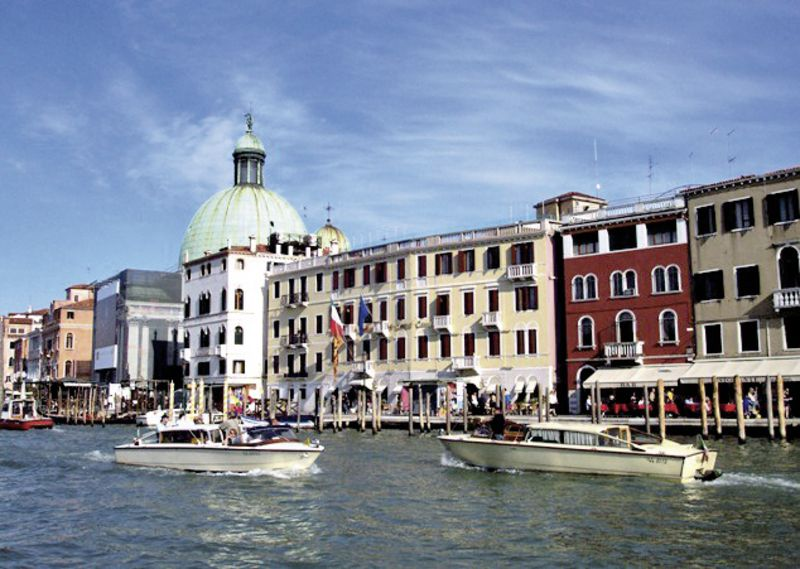 carlton on the grand canal venedig buchen bei dertour. Black Bedroom Furniture Sets. Home Design Ideas