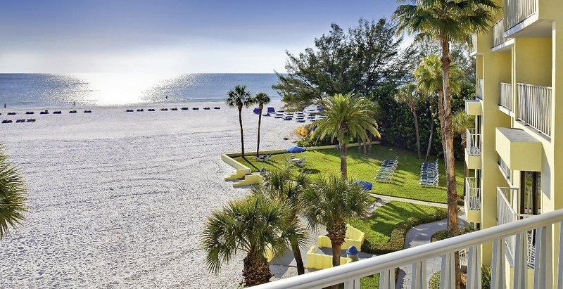 Alden Beach Resort Suites Tampa