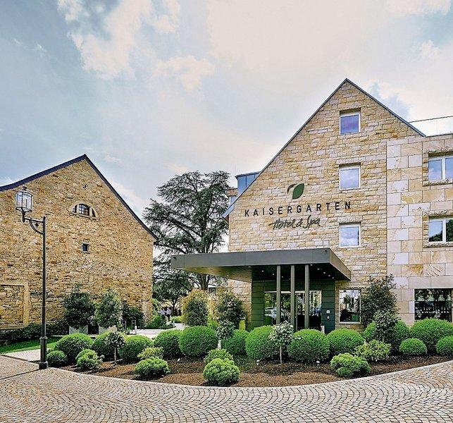 kaisergarten hotel spa deidesheim deidesheim buchen bei dertour. Black Bedroom Furniture Sets. Home Design Ideas