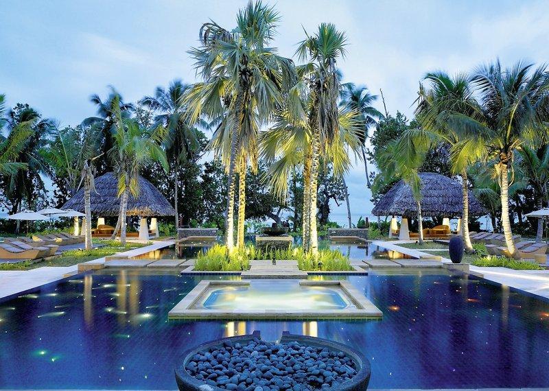 hilton seychelles labriz silhouette resort spa silhouette island buchen bei dertour. Black Bedroom Furniture Sets. Home Design Ideas