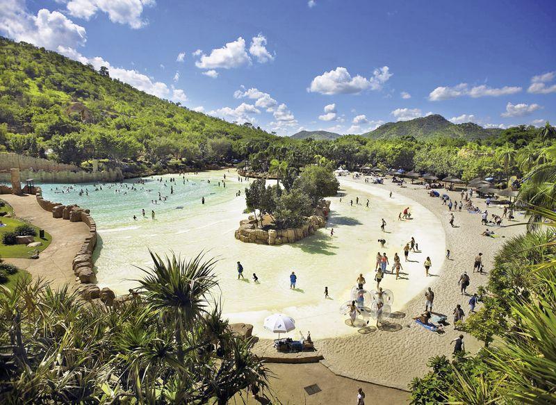 Accommodation Near African Island Beach Resort